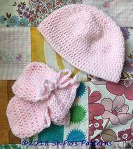 Free Baby Hat & MittensPattern